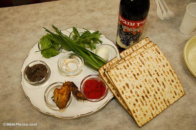 Passover-seder-plate-with-matza-and-wine-tb042305350-bibleplaces